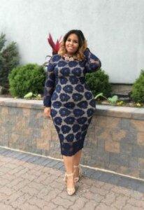 nagy virágmintás fazonú ruha